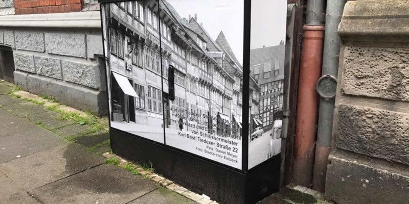 Dekorierter Verteilerkasten In Der Tiedexerstraße. Foto: Www.bi-schlaufenster-einbeck.de