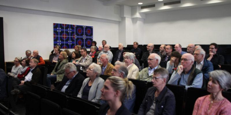 Ca. 50 Personen Nahmen An Der Auftaktveranstaltung Im Weserberglandforum Der HAWK Teil.