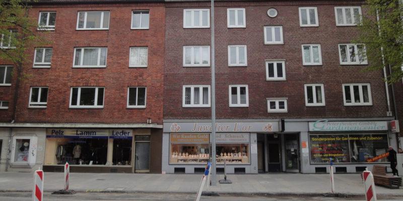 Das Zentrum Eimsbüttels Befindet Sich Um Die Osterstraße Herum, Die Sich Heute Noch Durch Viele Kleine, Teilweise Inhabergeführte Geschäfte Auszeichnet.