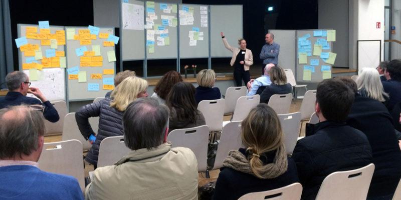 Die Gesammelten Ideen Wurden Zum Abschluss Des Workshops In Großer Runde Vom TransZ-Team Von HCU Und HAW Vorgestellt.