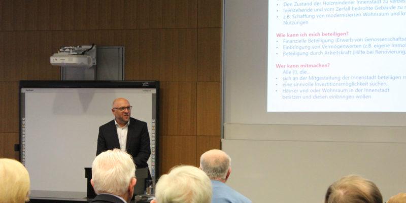 Auch Der Planungsdezernent Jens-Martin Wolff Bekundete Das Interesse Und Die Unterstützung Des Vorhabens Seitens Der Stadt Holzminden.