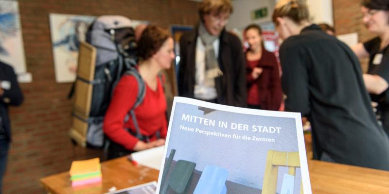 Herzlich Willkommen Bei Der TransZ-Konferenz Im Unperfekthaus.  (Alle Fotos: Frederika Hoffmann)